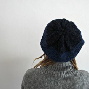 baret alpaca, kráľovská modrá