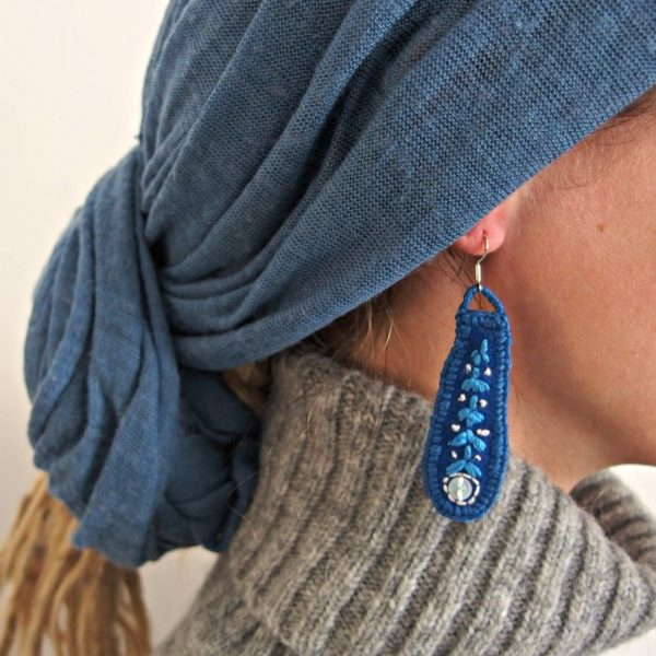 embroidered earrings Azul