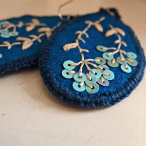 embroidered earrings Umbella