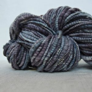 handspun textured slub yarn