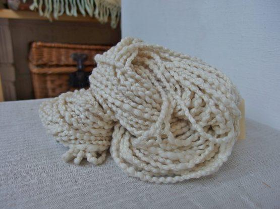 handspun crépe yarn